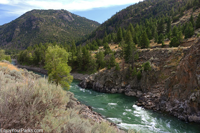 Yankee Jim Canyon and the Yellowstone River
