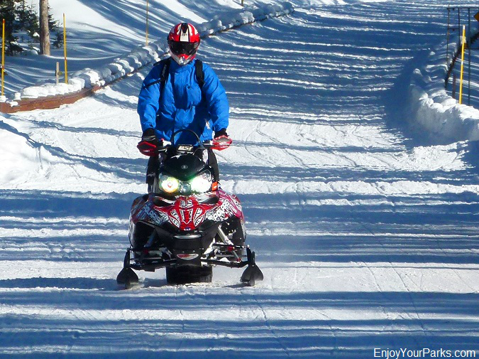 Snowmobiling in Yellowstone, Winter in Yellowstone Park