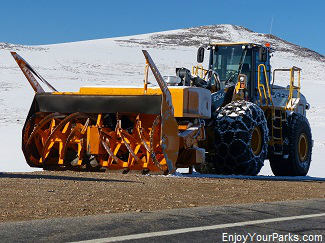 Snow plow, Beartooth Highway Montana