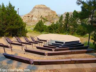 Makoshika Amphitheater, Makoshika State Park Montana