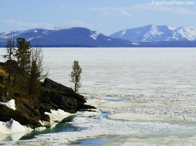 Yellowstone Lake, Winter in Yellowstone Park