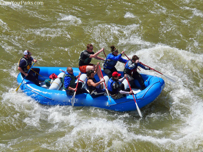 White water rafters in Yankee Jim Canyon Montana