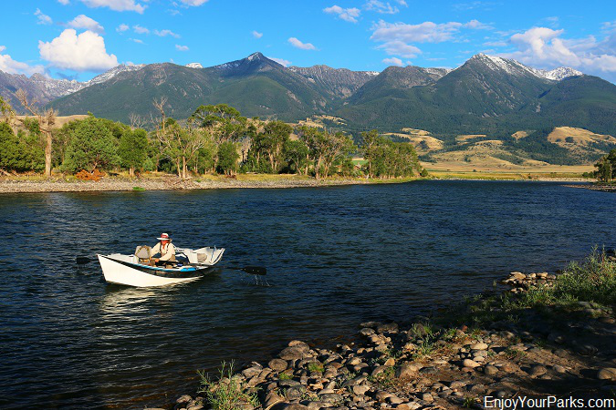 Drift Boater on Yellowstone River in Paradise Valley Montana