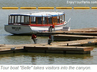 Tour boat Belle, Bighorn Canyon National Recreation Area
