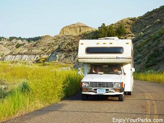 RV touring Makoshika State Park Montana