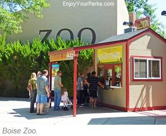 Boise Zoo, Julia Davis Park, Boise Idaho