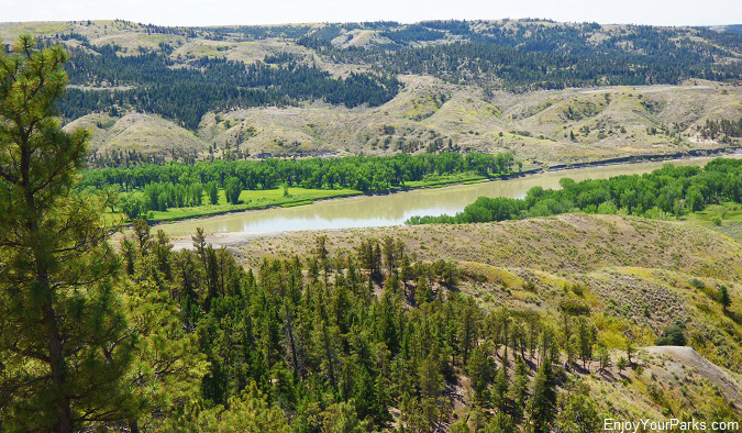 Missouri River, Charles M. Russell National Wildlife Refuge, Montana