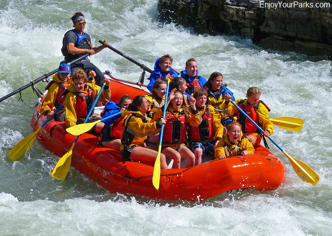 Snake River Canyon white water rafters