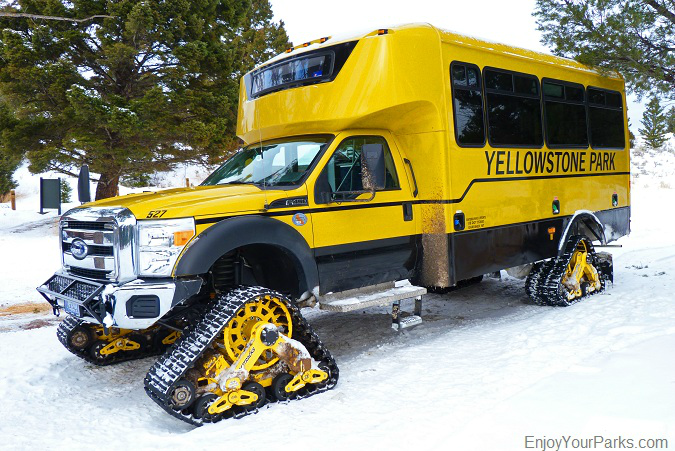 Yellowstone snow coach, Winter in Yellowstone Park