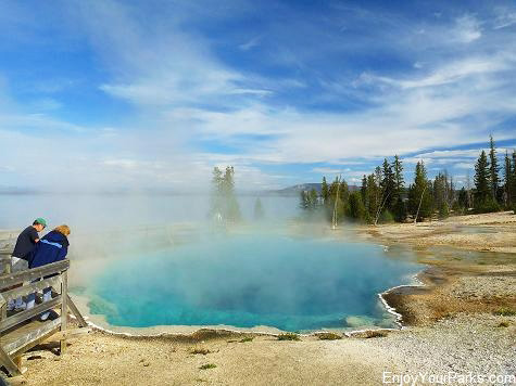 Black Pool Hot Spring , West Thumb Geyser Basin, Yellowstone National Park